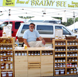 Kelowna Farmers' and Crafters' Market: honey